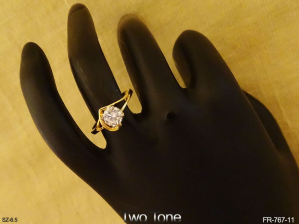 Center Stone Pointed Base AD Finger Rings