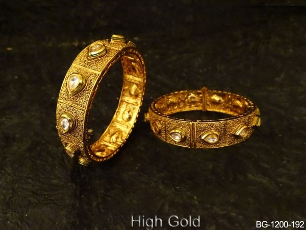 Paan Stone Segmented Antique Bangles