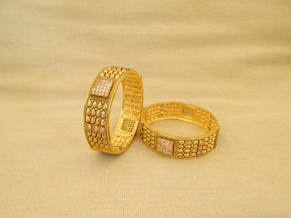 square segmented seed textured antique bangles