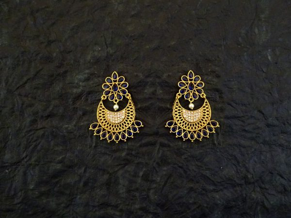 Chand Paan Flower Antique Earrings