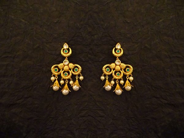 Triple Polo Chand Online Imitation Earrings