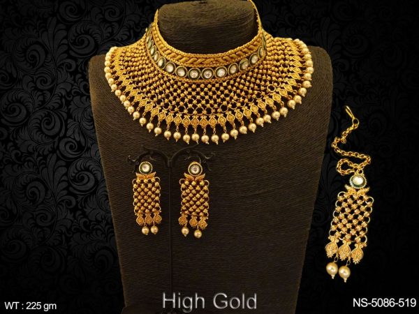 Chokor Shape Style Antique Necklace Set
