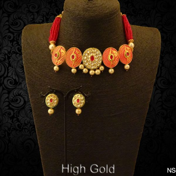 Chokar Shape Round Stone Antique Necklace