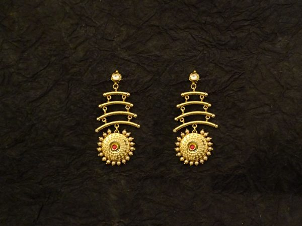 Round Hold Triple Layer Fusion Earrings