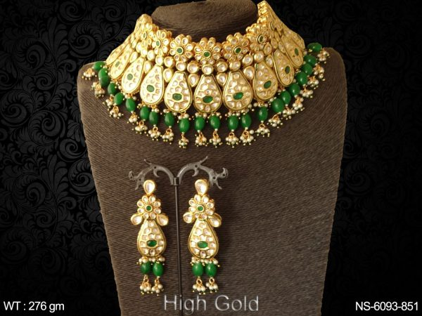 Heavy kundan beads coloring necklace