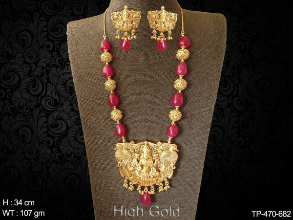 Beads traditional temple pendant set