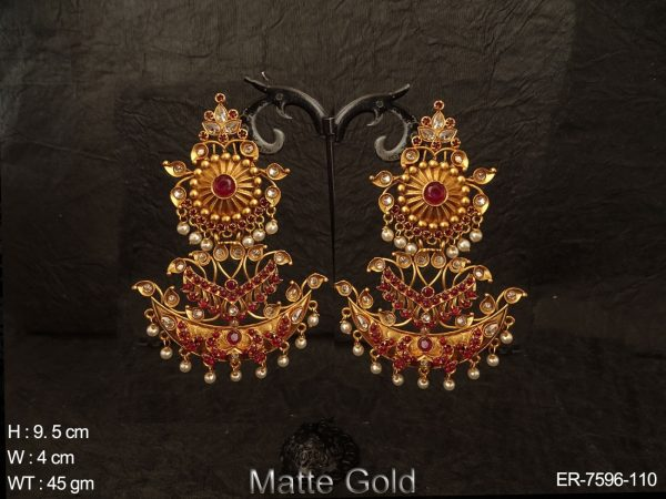 Artificial rani green stone fancy matta gold kemp earring