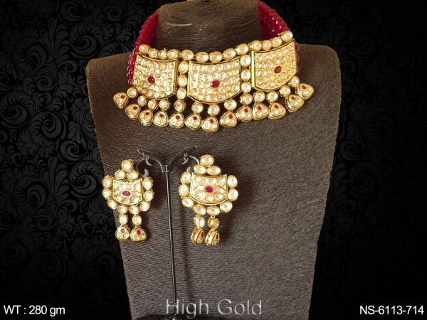 Kundan mala type heave necklace