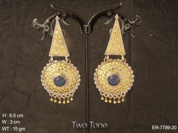 Emboss design gold silver delicate antique earring