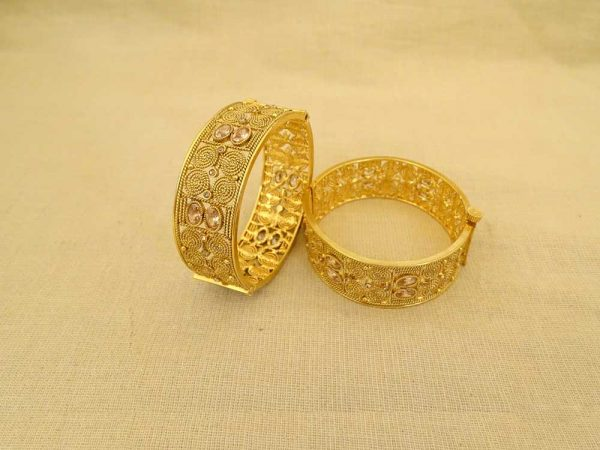 bridal tv serial broad style polki bangles