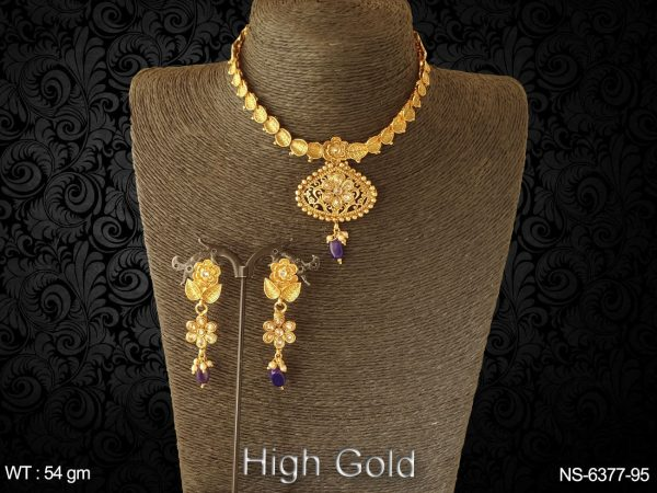Golden leave design flower antique necklace set