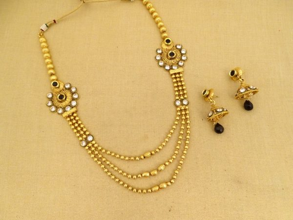 three strades joint round edges necklace sets
