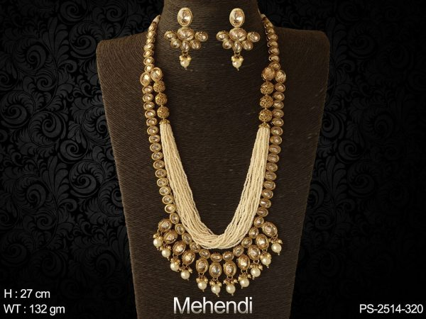 Bollywood design full oval stone polki design pendant set