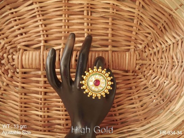 High gold ruby green antique finger ring