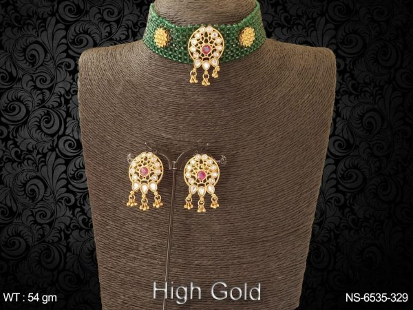 Traditional choker antique necklace set