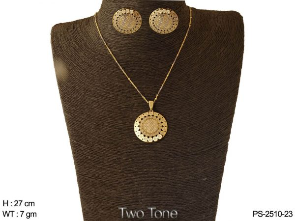 Round design two tone CNC pendant set