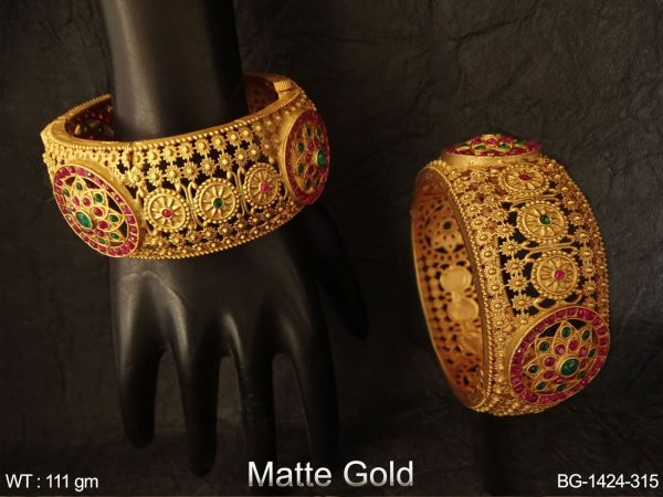 Bridal brod rani green kemp bangle