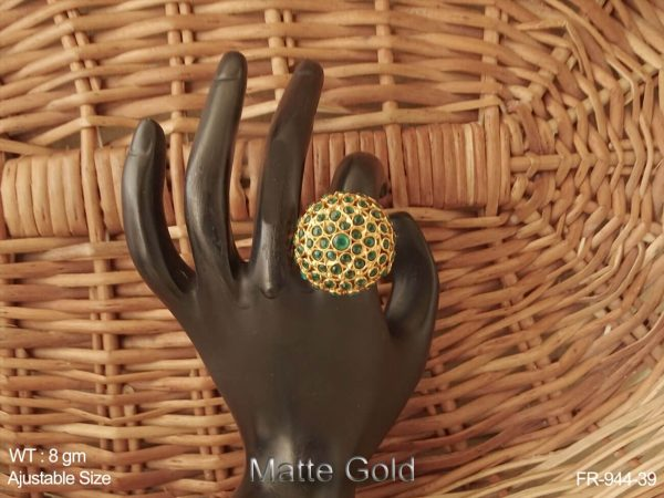 Full multiple stone antique finger ring