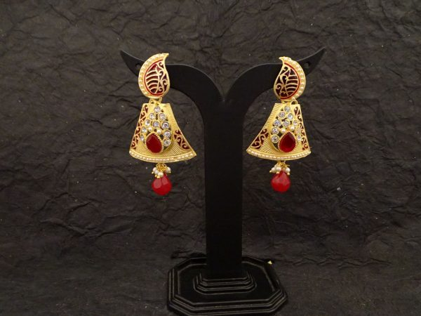 koyari quadrilateral style antique earrings