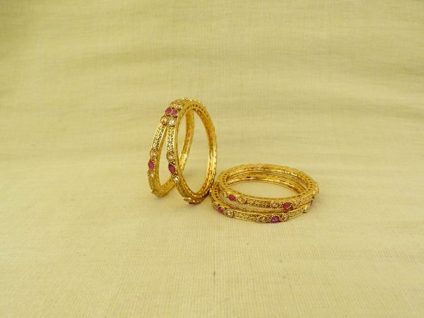 Paan Stone Sided Antique Bangles