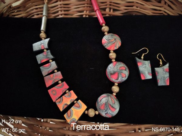TEXTURED TERRACOTTA NECKLACE SET & EARRING]