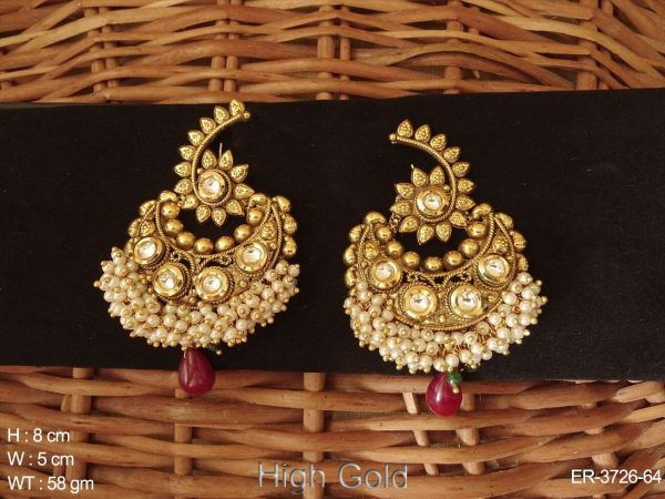Chand Shape Stone Antique Earrings