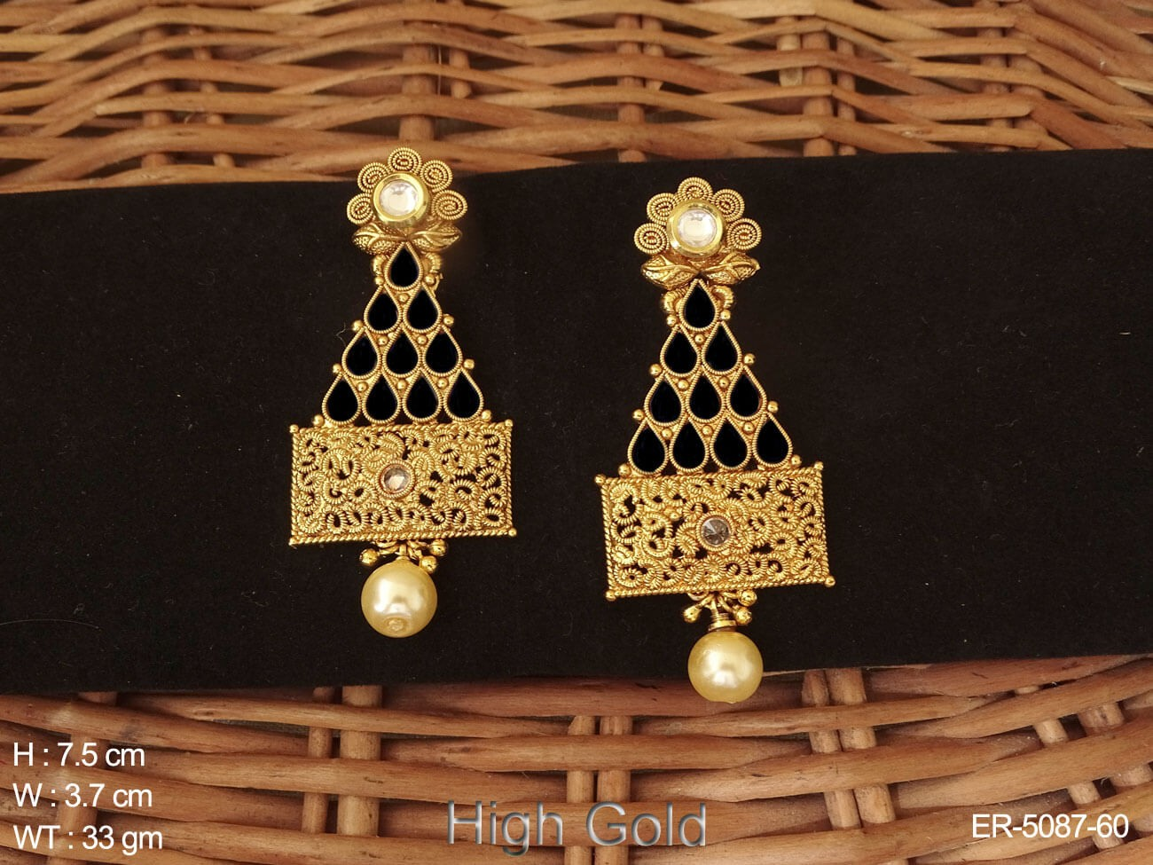 Tricon Paan Stone Earrings