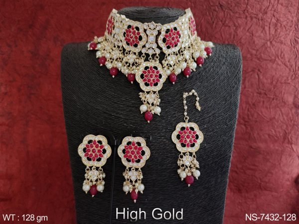 High Gold Polish Beautiful Designer Kundan Jewelry full white stones Clustered Pearl Party wear Choker Style Necklace Set with Maang Tikka