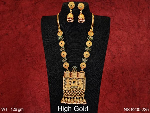 ANTIQUE FLOWER DESIGN PAAN SHAPE FULL STONE HIGH GOLD NECKLACE SET
